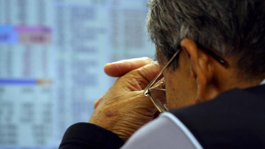 El índice Hang Seng sube un 0,63 por ciento a media sesión