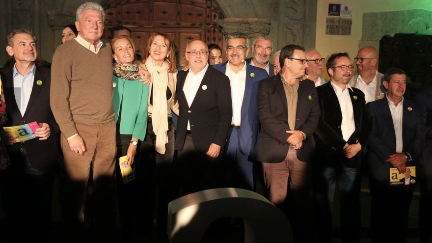 Acto de presentación de la candidatura de Antonio Morales al Cabildo de Gran Canaria, junto a Pedro Quevedo o Román Rodríguez.