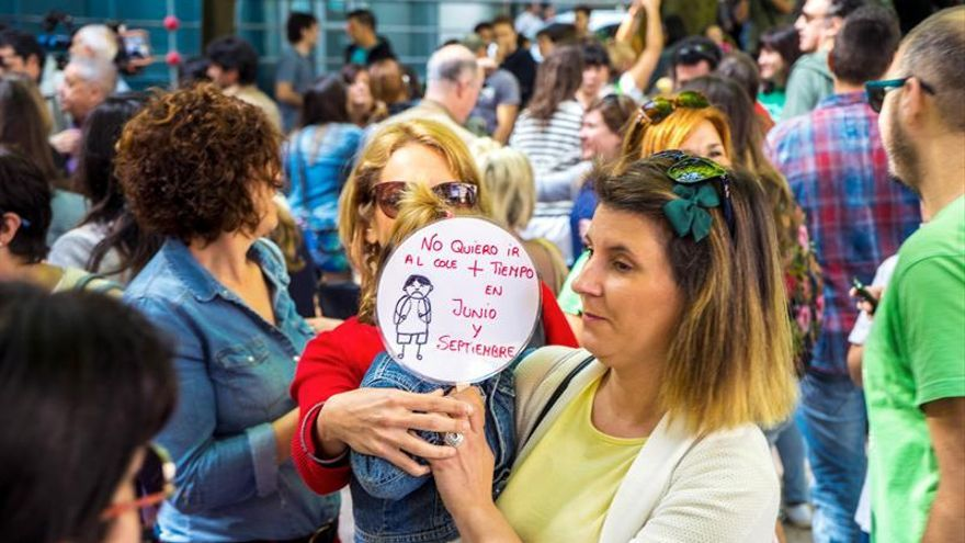 Cantabria vive una jornada de huelga en centros de infantil y primaria