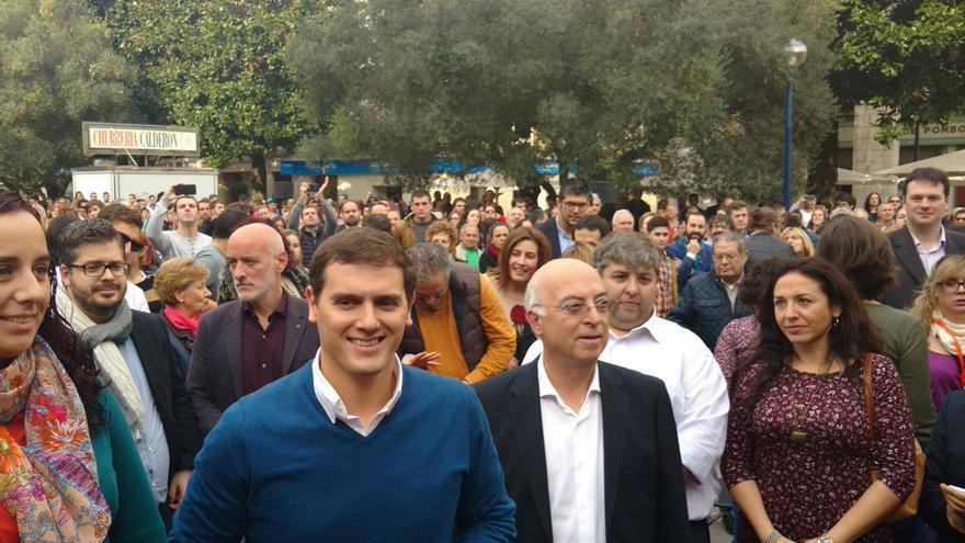 Albert Rivera y su candidato por Santander, Carlos Pracht.