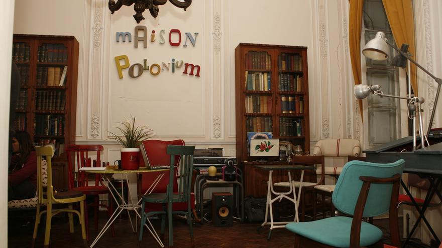 Exposición de muebles 'vintage'. Proyecto Polonium 209