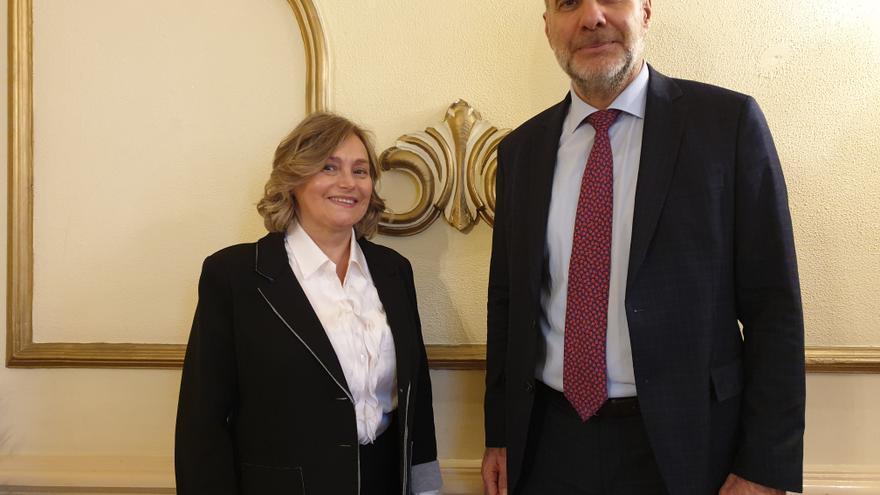 Luis Peláez Piñeiro y Esther Erice Martínez este jueves.