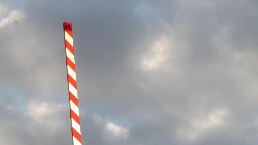Adif adjudica por 389.950 euros la redacción de los proyectos de supresión de siete pasos a nivel en Euskadi