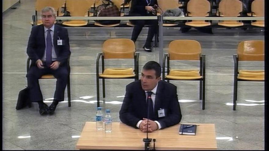 """Trapero reprendió al exdirector de Mossos: """"Mejor que no haga tuits"""""""