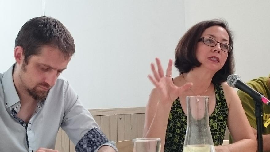 El eurodiputado de EQUO Florent Marcellesi y la economista Thea Lee en las jornadas de resistencia contra el TTIP