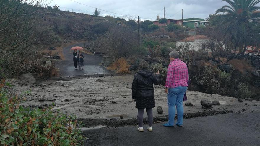 Escorrentías en el barrio de Las Manchas. Foto: AYUNTAMIENTO DE LOS LLANOS DE ARIDANE.