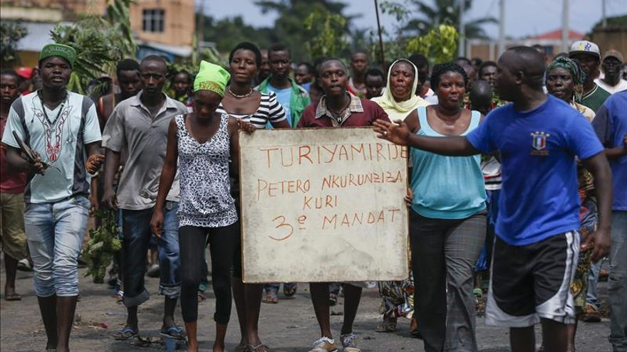 El presidente de Burundi retrasa las elecciones municipales y legislativas