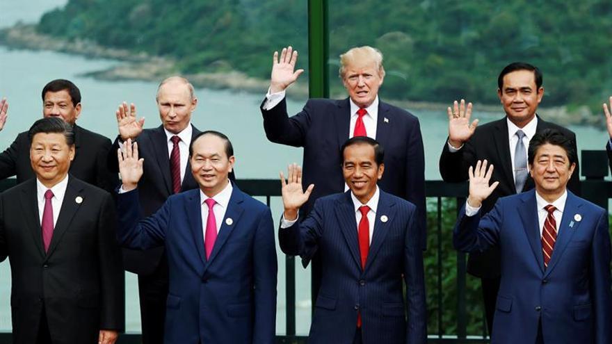Putin y Trump confirman su decisión de derrotar al EI en Siria