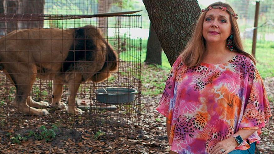 Giro en el guion real de 'Tiger King': Carole Baskin se queda con el zoo de Joe Exotic