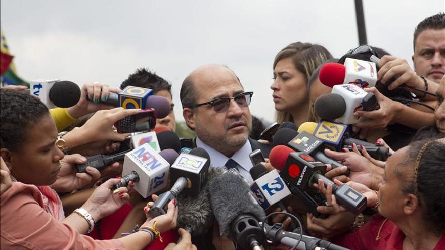 El equipo de Capriles impugna todo el proceso electoral del 14 de abril