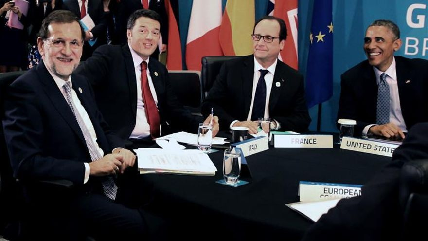 Rajoy defiende la Transición ante quien quiera liquidarla