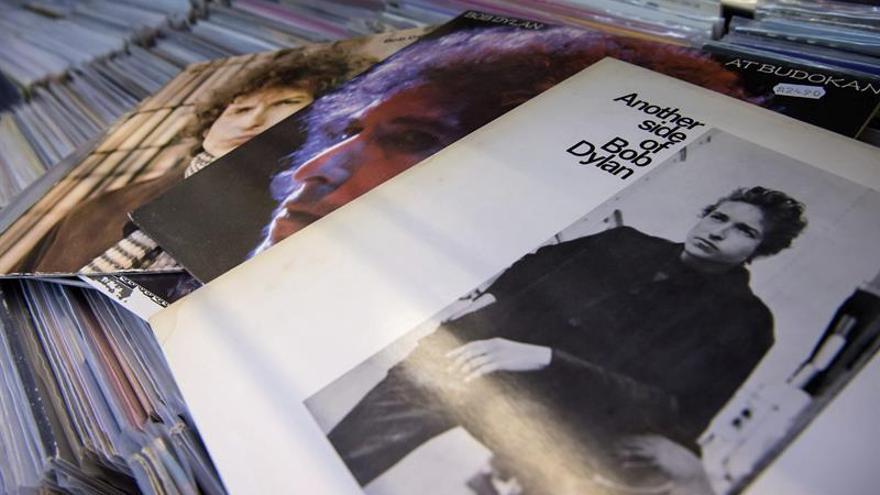 ¿Irá Bob Dylan a recoger el Premio Nobel de Literatura?