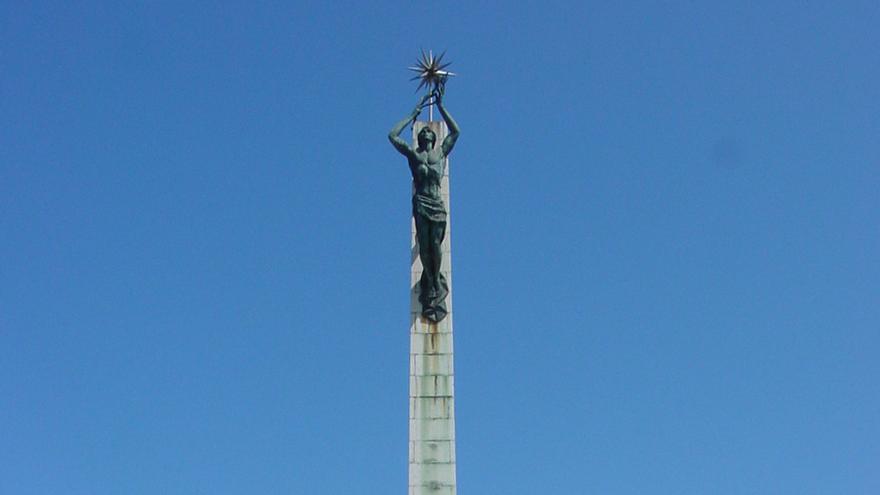 Monumento a Carrero Blanco (Santoña)