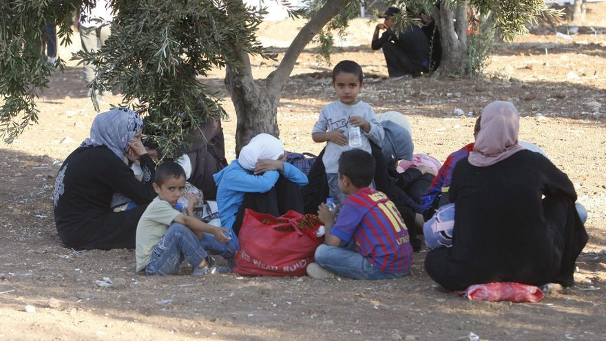 Millares de sirios siguen llegando a Jordania y los refugiados son ya 278.392