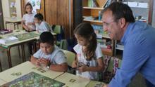 Sergio Rodríguez con escolares de El Paso.