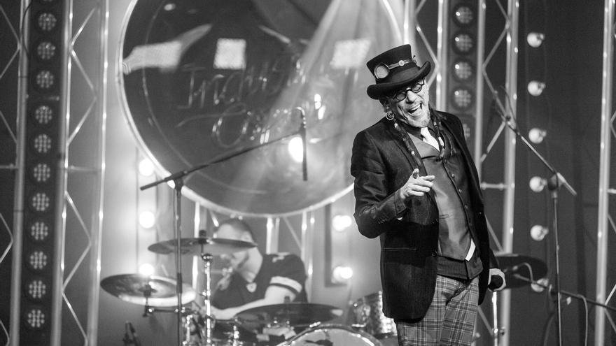 El Drogas durante una de sus últimas actuaciones en directo. | FRAN ORTIZ