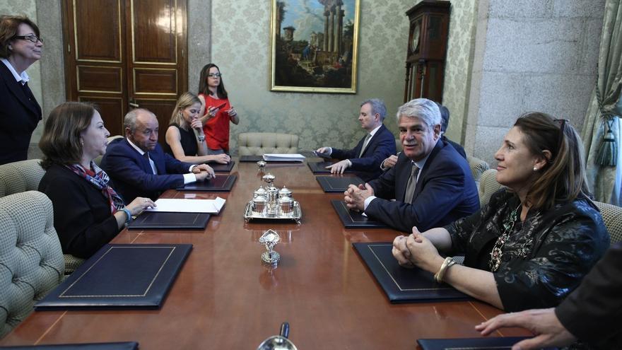 "Exteriores desaconseja viajar a Venezuela salvo ""extrema necesidad"""