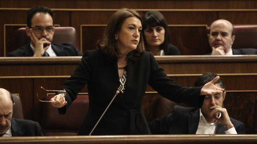 """PSOE ve preocupante que Rajoy no contemple cambios en el Gobierno, que ya tiene """"dos exministros"""", como Wert y Mato"""