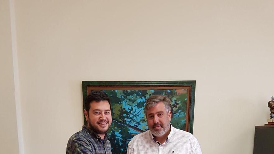 Jacob Qadri, alcalde de Barlovento, y Jorge González, consejero de Infraestructuras del Cabildo de La Palma.