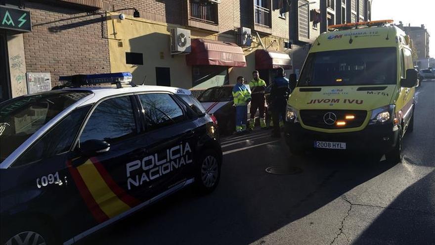 Muere un bebé de año y medio atropellado por un camión en Parla (Madrid)