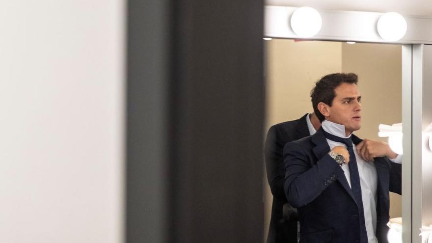 Albert Rivera, en los camerinos del programa 'Espejo Público' el pasado mes de septiembre