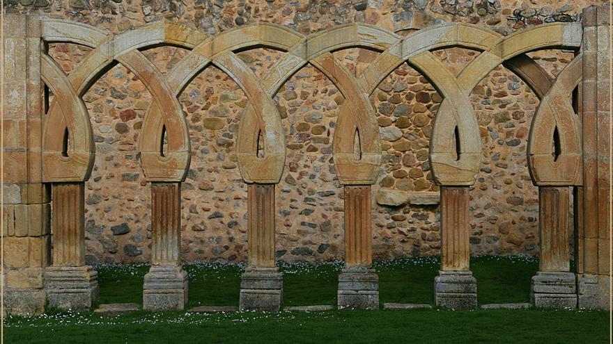 Arcadas románicas-mozárabes de San Juan de Duero. Miguel Ángel García