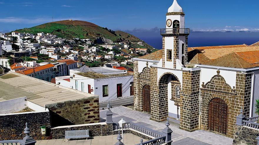 Iglesia de la Concepción, una de las imágenes icónicas de la isla de El Hierro.