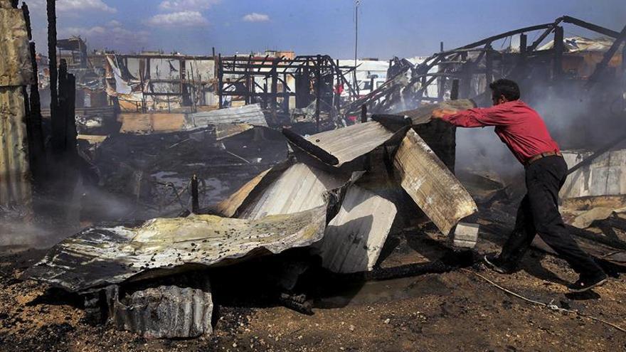 Niña muere en un nuevo incendio en un campamento de refugiados sirios en el Líbano