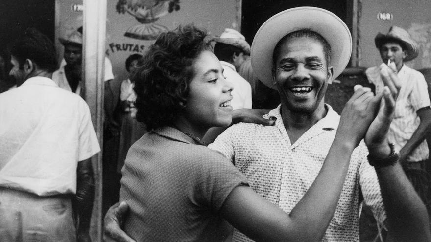 Fotograma de Salut les Cubains de Agnès Varda.jpg