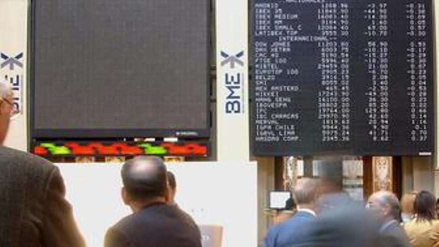 La prima de riesgo de España ronda los 220 puntos