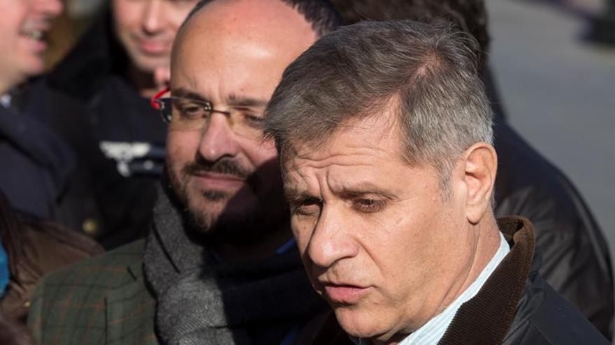 """El PP pide retirar publicidad """"Diada del sí"""" que llevan los autobuses de Barcelona"""