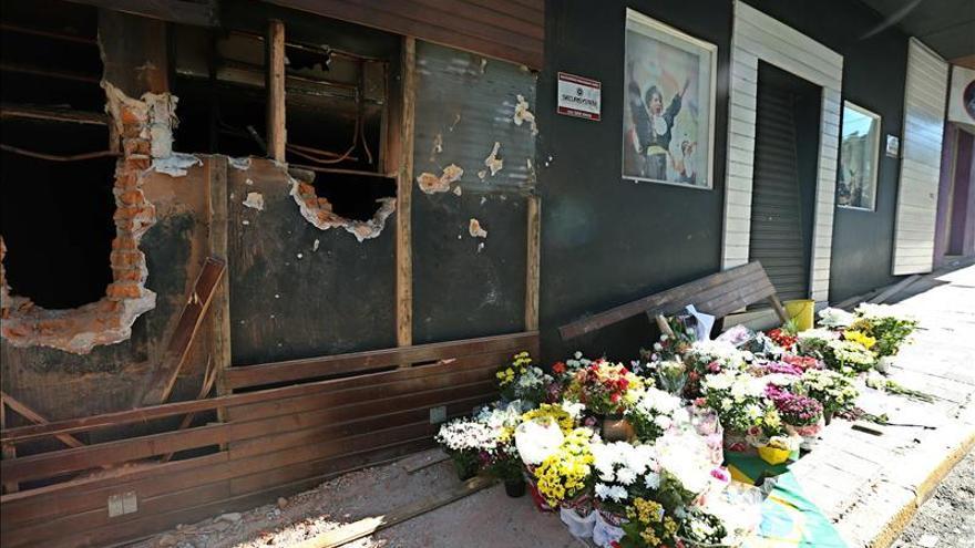 Discoteca brasileña se incendia sin dejar heridos y recuerda la tragedia en Kiss