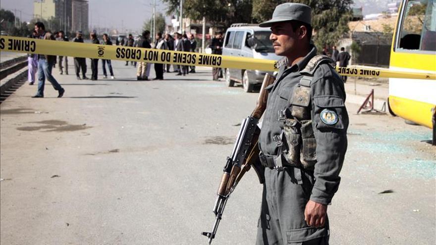 Un policía y ocho talibanes mueren en un ataque insurgente en Afganistán