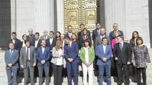 Ximo Puig junt a Pedro Sánchez i els seus 'barons'