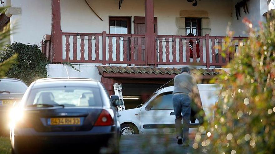 Mikel Antza, histórico jefe de ETA,en libertad tras ser entregado por Francia