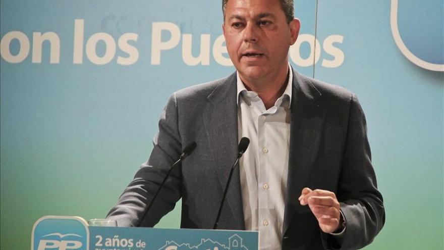 Sanz (PP) dice que Díaz ha perdido la oportunidad de pedirle a la UE un plan de empleo