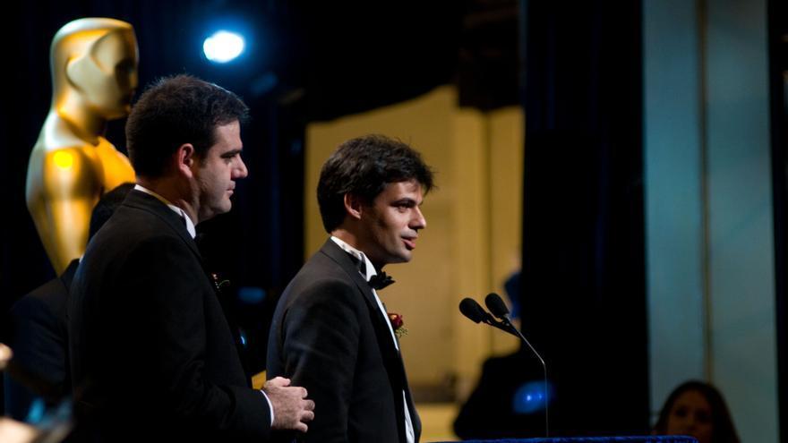 De izquierda a derecha, Ignacio Vargas y Víctor González, de Next Limit, en la ceremonia de los Óscar técnicos (Imagen: Next Limit)