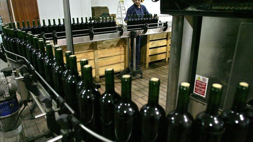 Los jóvenes sostienen el aumento de las venta de vino español en EE.UU., según una experta