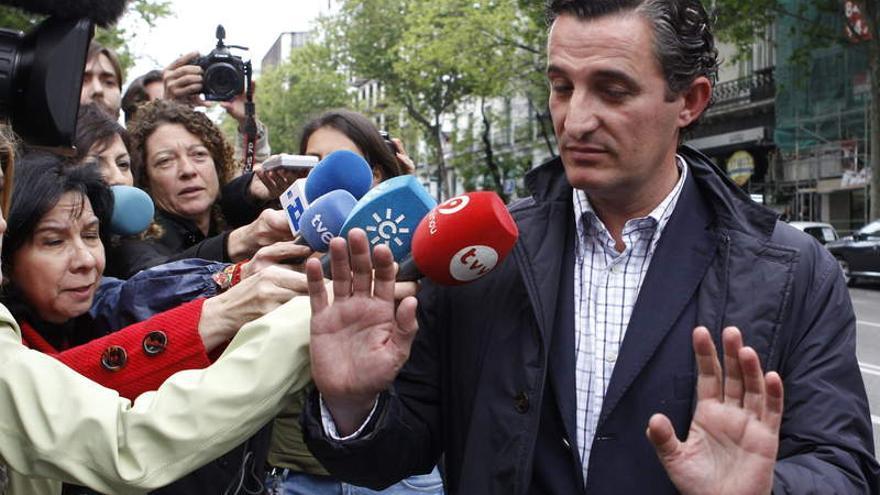 Pedro García, exdirector general de RTVV, a su salida de la Audiencia Nacional.