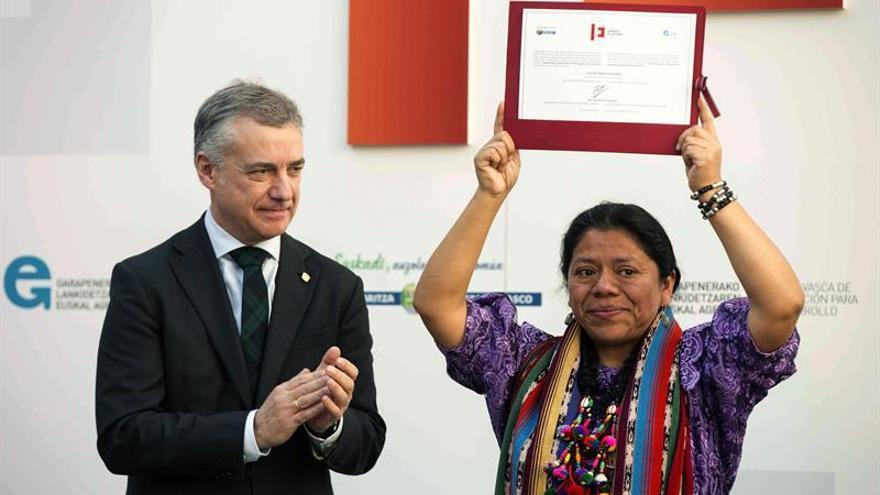 "Urkullu apoya ""lucha pacífica"" de la lideresa maya Lolita Chávez"