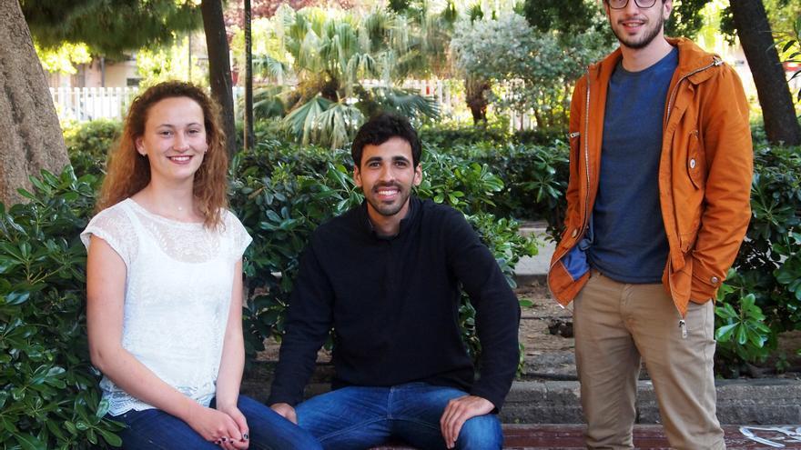 Estudiantes internacionales de la UPV. De izquierda a derecha, Lily Bouchez, Augusto Temponi y Luca Manzoni. Autor: Jordi Castro.