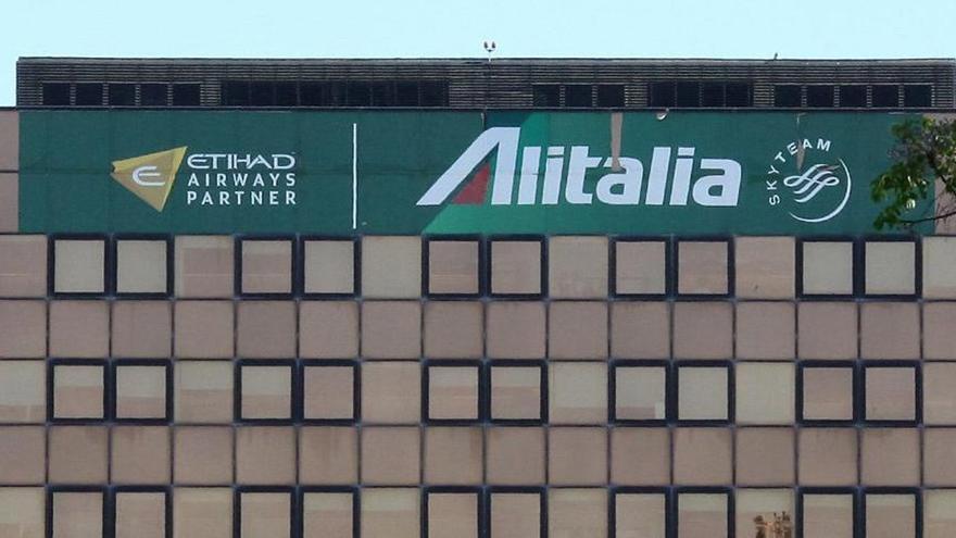 """La Autoridad de Aviación Civil autoriza los vuelos de la """"nueva"""" Alitalia"""