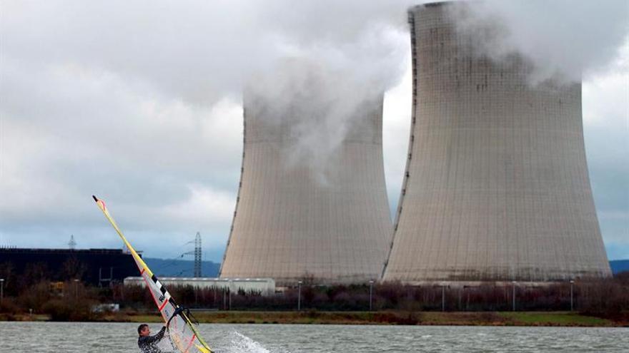 EDF anuncia el parón de cinco de sus reactores nucleares en Francia