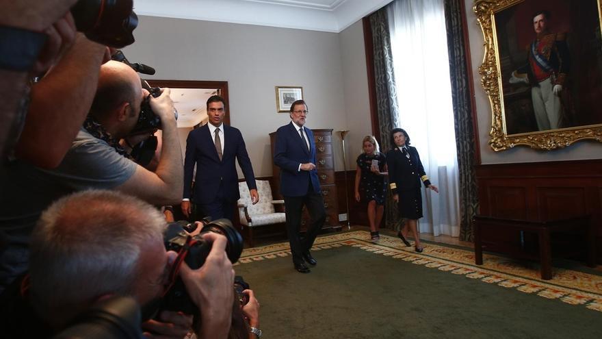 Rajoy ofrece a Sánchez negociar asuntos concretos para llegar a un acuerdo, pero liderado por él