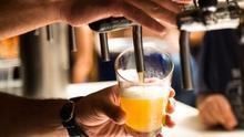 NEIPA: descubre cómo es la cerveza de moda entre la España más cool