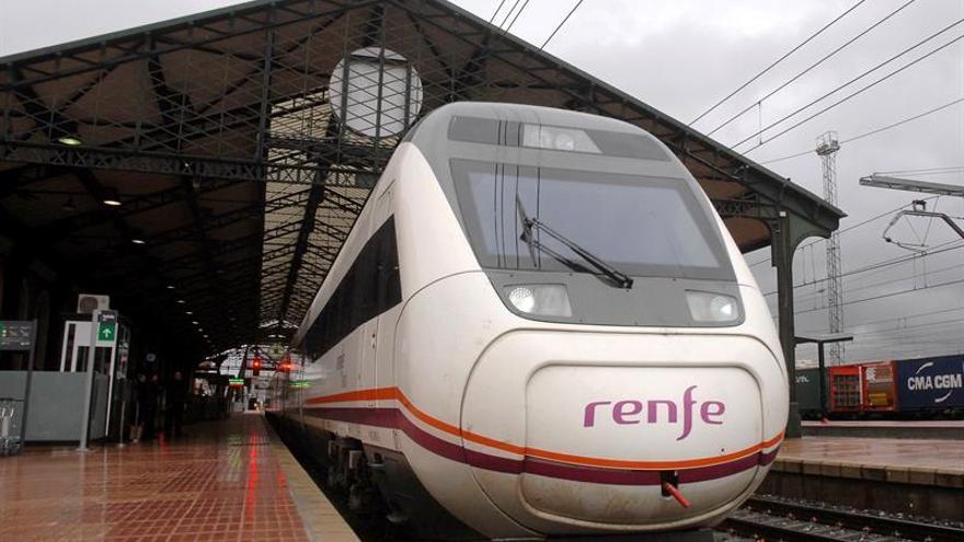Renfe elevará el domingo a 35.000 su oferta de billetes a 25 euros