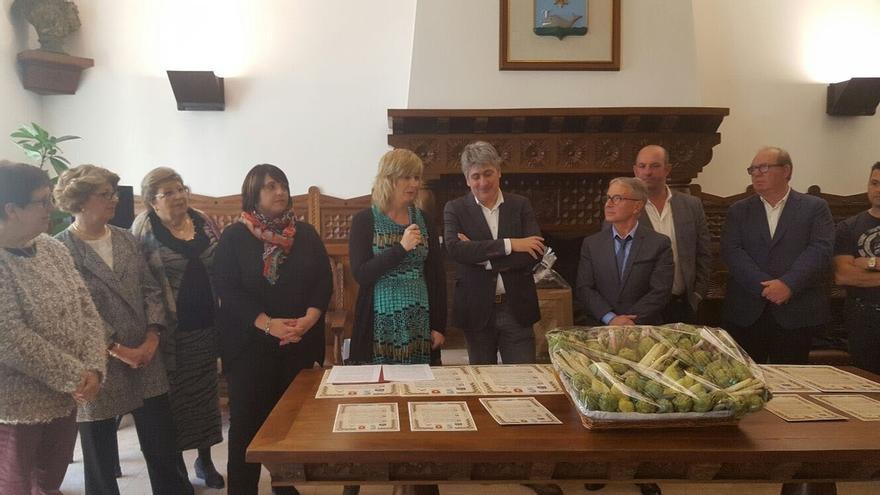 """Ana Ollo destaca el papel de los hermanamientos para """"superar las barreras que separan a la ciudadanía"""""""