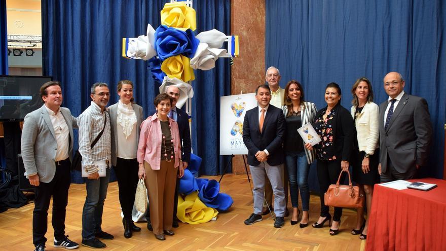 Momento de la presentación del programa festivo de mayo en la capital tinerfeña