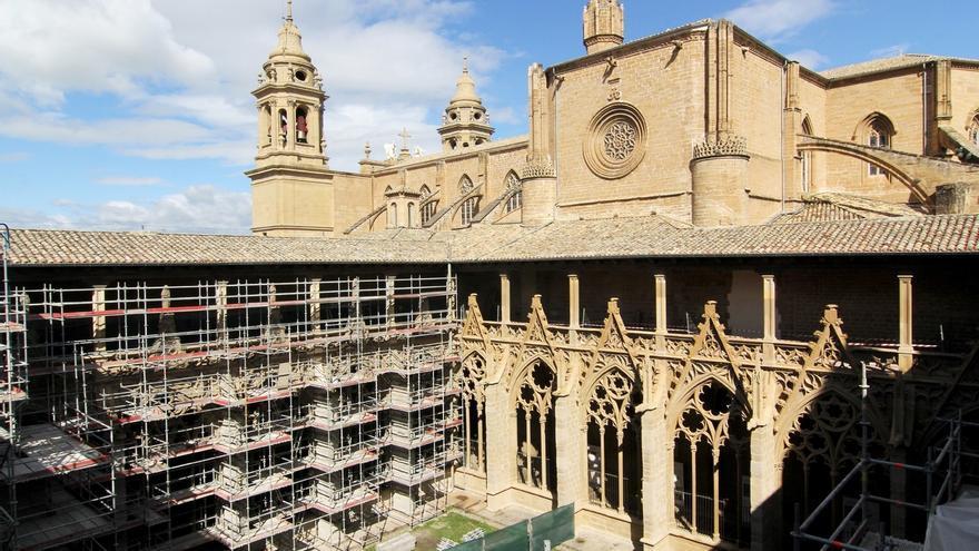 Se reanudan este domingo las visitas a las obras de restauración del claustro de la catedral de Pamplona