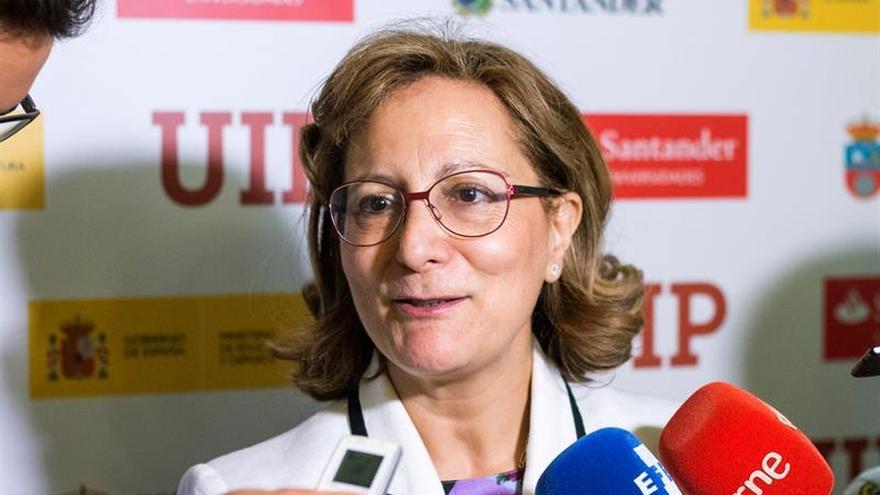 Presidenta de la FAPE: no se puede cobrar por la libertad de información